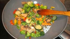 Тушеная французская смесь овощей