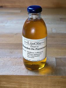 Льняное масло. Растительный источник омега-3, омега-6, омега-9